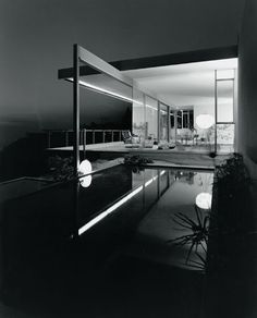 Exhibition realised by the Frankfurt Museum of Architecture. In the 1950s and 1960s, Julius Shulman's photographs virtually dominated the pages of magazines