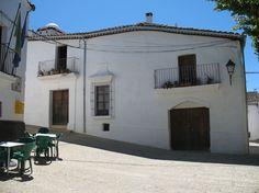 Se lige det her fede opslag på Airbnb: Casa Oropandola très grande maison - Huse til leje i Castaño del Robledo