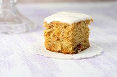 Para empezar la mañana nada mejor que una sabrosa torta de banana baja en calorías como la que nos proponen en TheFitHouseWife. Pues sí, aquellos a los que nos encantan las tortas, las magdalenas, los panes y todo dulce de harina, veremos realizados nuestros sueños cuando podamos saborear una rica torta sin preocup