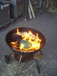 Reducing i Raku firing pottery
