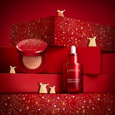 Chinese New Year special collections are always among the best looking products and sets out there, all decked out in either red and gold decorations or . Gold Set Design, Laneige, New Hair Colors, Lip Tint, Beauty Photos, Setting Powder, Chinese New Year, Beauty Make Up, You Nailed It
