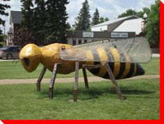 World's Largest Honey Bee - Tisdale, Saskatchewan Saskatchewan Canada, Tourist Trap, Roadside Attractions, Canada Day, Canada Travel, Large Art, Worlds Largest, Stuff To Do, Around The Worlds