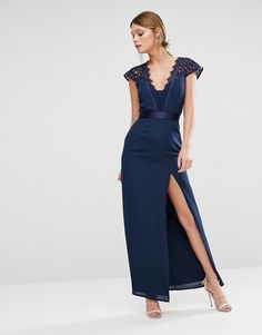 Elise Ryan | Elise Ryan Scallop Lace Maxi Dress With Thigh Split