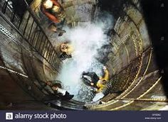 The Poseidon Adventure - Publicity still. The image measures 2900 * 1926 pixels and was added on 13 July The Poseidon Adventure, Disaster Movie, Movie Pic, The Exorcist, The Great Escape, The Last Picture Show, Steven Spielberg, Cult Movies, The Godfather