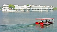 udaipur lake city