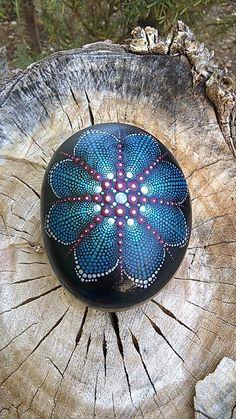 Mandala stone dot art hand painted on stone-Paint Rock