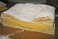 One of my favorite desserts Grandma used to make at family parties and celebrations: Cremeschnitten (Rezept mit Bild) von Vanilla Cake, Yummy Food, Yummy Recipes, Pie, Bread, My Favorite Things, Cooking, Ethnic Recipes, Desserts