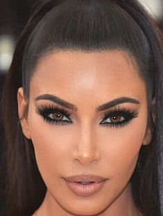Kim Kardashian Makeup Done By Mario Met Gala 2018 With Lilly Lashes Kim Kardashian Hair Kim Kardashian Wedding Kim Kardashian Makeup