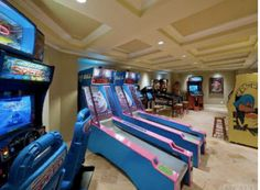 amazing home arcade with skiball.. i am ure my husband would love this in hi dream man cave