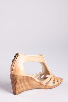 Adrienne Vittadini Lark Wedge Sandal