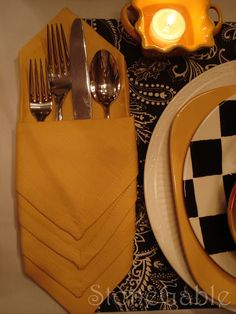 StoneGable: Folding a Chevron envelope) Napkin to tuck silverware inside - tutorial
