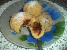 Reteta Gomboti cu prune si ciocolata amaruie - Dulciuri