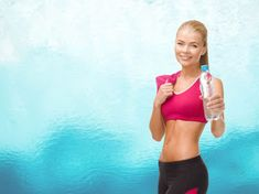 Reduce Water Retention - Water retention can cause discomfort and result in the perception that weight loss is not occurring. There are only a few natural ways to reduce it . Natural Treatments, Natural Remedies, Water Retention Remedies, All About Water, Back Pain Remedies, Supplements Online, Hormonal Changes, Back Pain Relief, Lose Belly Fat