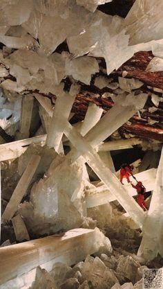 17. la #grotte des cristaux, #Naica, Mexique - 50 #étonnantes grottes et…