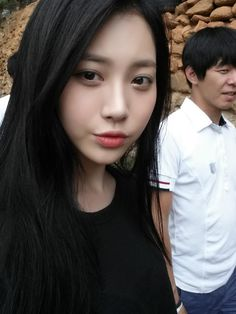 fуєαн유라 — Translation: Selca bomb!!!! Soon back to korea...