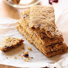 Peanut Butter and Cranberry bars - Healthy Body Guru #recipe #cranberry #healthy #peanut_butter #breakfast #cranberry_bars #fiber #protein #healthy_snack #treat #snack
