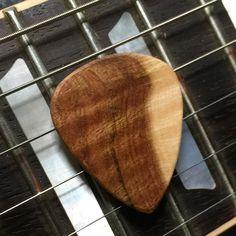 #gibson #gibsonsg #gibsonguitars #guitarpicks #nyxl #strings #original #organic #natural #tone #canadianmade #bc #plectrum #playguitar #riff #jam #shred #custom #handmade #luxury #picks