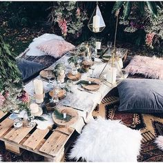 Need an excuse to throw a party? Here are our best garden party ideas for the summer! #outdoorpartydecor #gardenparty #outdoorparty #summerpartyideas