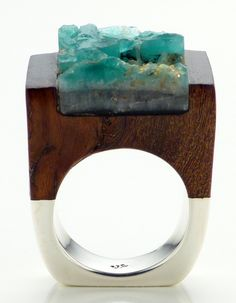 Wood Emerald Ring