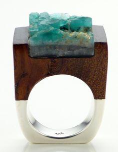 Wood Emerald Ring