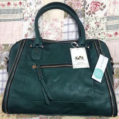 Stitch Fix Stylist: I love this elisha satchel green - love the color and size! Thanks, Annie https://www.stitchfix.com/referral/3699596
