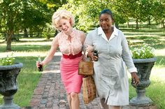 Celia Foote (Jessica Chastain), Minny Jackson (Octavia Spencer) ~ The Help (2011) ~ Movie Stills #amusementphile