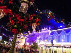 Main Street USA decorated for Christmas (Magic Kingdom)