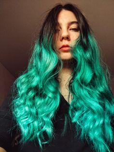 green hair girl from Moldova Green Hair Girl, Moldova, Aesthetic Hair, Girl Hairstyles, Beautiful People, Curly Hair Styles, Archive, Hair Color, Cute