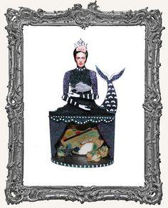 MINI Theatre Art Doll Shrine Kit - The Queen