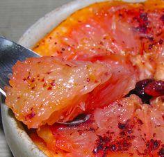 Rise And Shine Pink Grapefruit Brulee Recipe Broiled Grapefruit, Grapefruit Recipes, Pink Grapefruit, Gf Recipes, Healthy Recipes, Drink Recipes, Healthy Foods, Vegetarian Recipes, Recipies