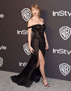 Taylor Swift attends the InStyle And Warner Bros Golden Globes After Party 2019 at The Beverly Hilton Hotel on January 6 2019 in Beverly Hills. Taylor Swift Hot, Estilo Taylor Swift, Taylor Swift Outfits, Taylor Swift Style, Taylor Swift Bikini, Taylor Swift Party, Red Taylor, Taylor Swift Vestidos, Beverly Hills
