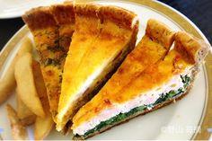 ホテルニューオータニ幕張 スイーツコレクション2016  パティスリーsatsukiのスーパーシリーズのケーキやスイーツが1日限定で食べ放題 その中で3種のキッシュも登場 特にほうれん草とサーモンのキッシュが好みでした 詳しくはブログで紹介http://ift.tt/1SyR1Sx  #ビュッフェ #キッシュ #スイーツコレクション #フードポルノ #ニューオータニ幕張 #ニューオータニ #サーモン #ほうれん草 #チーズ #たまご #foodlover #飯テロ #foodie #quiche #ブッフェ #おかわり自由 #フードアナリスト #グルメライター #スイーツライター #バイキング #allyoucaneat #ホテルビュッフェ #海浜幕張 #instagramers #グルメ探偵 by 15diary