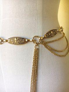 60s Egyptian gold tone chain belt novelty revival boho
