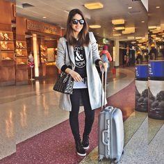 """""""Let's do this again!✈️✈️ [BOS-MIA-SP] #airport --------- Simbora novamente! Haha ✈️✈️ ❗️Amanha chego em SP, para o pré-lançamento da @revistaestilo no…"""""""