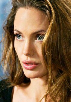 """ Angelina recording for Kung Fu Panda Angelina Jolie Makeup, Angelina Joile, Jolie Pitt, Le Jolie, Beautiful People, Beautiful Women, Glamour, Portraits, Star Wars"