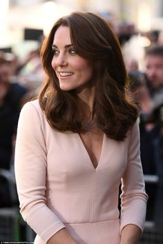 Kate wears delicate Monica Vinader Diamond Cluster Bib necklace and matching earrings wit...
