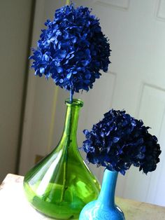 Dried Flowers  Camilla Fabbri from Family Chic found the best way to preserve spent hydrangeas is to hit them with a coat of spray paint. The deep indigo she used on these makes for a striking centerpiece.