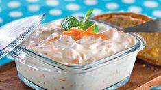 K-ruoasta löydät yli 7000 testattua Pirkka reseptiä sekä ajankohtaisia ja asiantuntevia vinkkejä arjen ruoanlaittoon, juhlien järjestämiseen ja sesongin ruokaherkkujen valmistukseen. Tutustu myös Pirkka- ja K-Menu-tuotteisiin. Mitä tänään syötäisiin? -ohjelman jaksot Pirkka resepteineen löydät K-Ruoka.fistä. Deli, Soul Food, Gluten Free Recipes, I Foods, Salad Recipes, Food Porn, Food And Drink, Pudding, Cooking Recipes