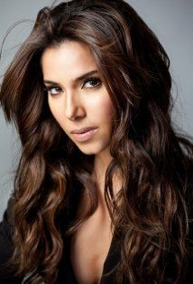 For Jasmine I knew I wanted someone hispanic and I love Roselyn Sanchez (and she's Puerto Rican too woot!)