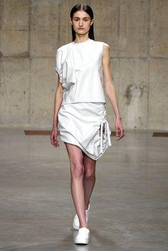J.W.Anderson Fall 2013 Ready-to-Wear Fashion Show - Vik Kukandina