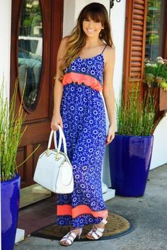 color blocking summer dress- Ways to style your summer maxi dress http://www.justtrendygirls.com/ways-to-style-your-summer-maxi-dress/