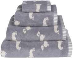 Add a touch of charm to your bathroom interior with this Dachshund Jacquard towel from Emily Bond. Effortlessly comforting, the towel is adorned with a repeating dachshund design on a soft grey surfac Dachshund Funny, Dachshund Gifts, Dachshund Puppies, Dachshund Love, Daschund, Dapple Dachshund, Hot Dogs, Emily Bond, Weenie Dogs