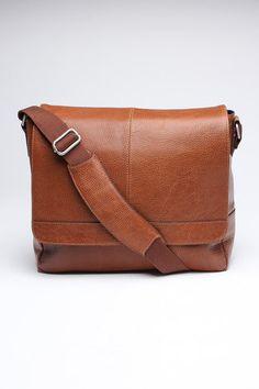 The British Belt Company Antique Cruz Leather Messenger Bag