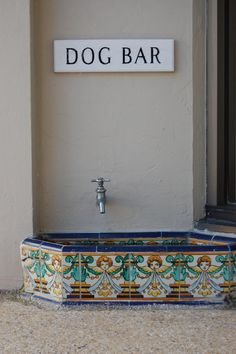 Outside dog drinking area underneath the spigot-Mexican tiles please! More Outside dog drinking area und Shares Animal Room, Canis, Outside Dogs, Dog Rooms, Dog Daycare, Dog Boarding, Dog Houses, Dog Accessories, Dog Grooming
