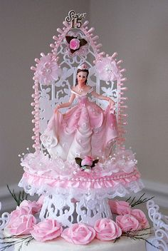 Pink and white princess quince cake