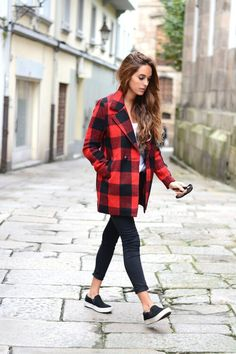 91b933be77b Pop on a buffalo check coat for an instant fall feel. Pair it with a  striped top and leopard shoes for the ultimate street-chic look. Love this  plaid coat.