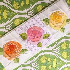 Paper piecing quilts Books better world books Paper Pieced Quilt Patterns, Quilt Block Patterns, Applique Quilts, Quilt Blocks, Hexagon Quilt, Square Quilt, Small Quilts, Mini Quilts, Flower Quilts