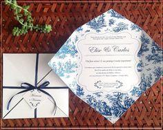 Nós amamos as opções de convites que a @giselle.branco faz e personaliza pra você. Esse floral azul foi para um NOIVADO encantador. Pede seu orçamento também.  Contato ➜ loja@gisellebranco.com , whatsapp: (11) 99330-0034 ou no instagram @giselle.branco Eles entregam em todo Brasil!