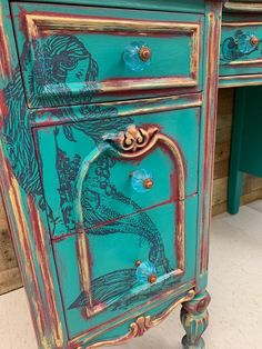 Learn how to use Dixie Belle Paint today! This piece is a teal treasure! Turquoise Painted Furniture, Turquoise Painting, Diy Furniture Easy, Furniture Makeover, Etsy Furniture, Funky Furniture, Furniture Ideas, Furniture Design, Shopping