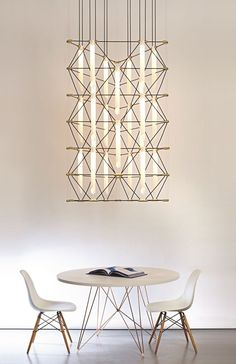 Isn't it beautiful this stunning chandelier Lustre Mosaik by Design Heure ? Designed by Davide Oppizzi, his inspiration comes from the concept of mosaics and its geometric shapes. Pendant Chandelier, Chandelier Lighting, Chandeliers, Entry Chandelier, Chandelier Ideas, Luminaire Design, Lamp Design, Interior Lighting, Lighting Design